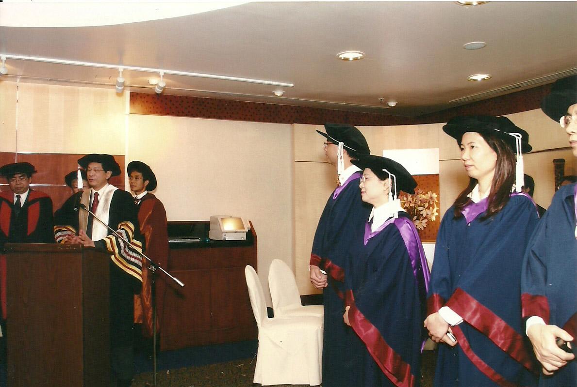 2003-graduation-11