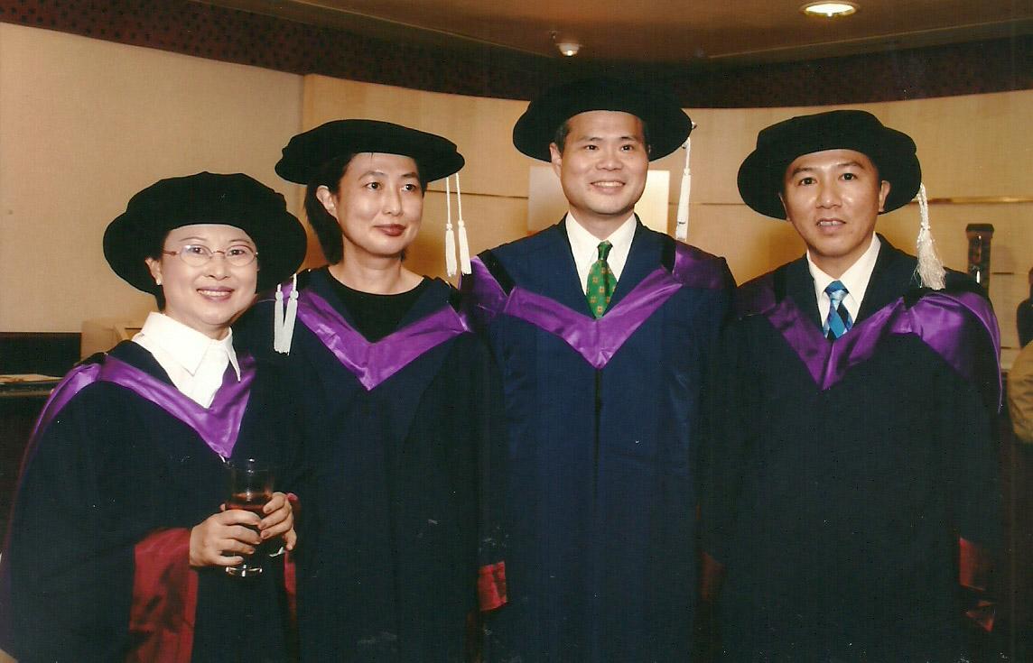 2003-graduation-15